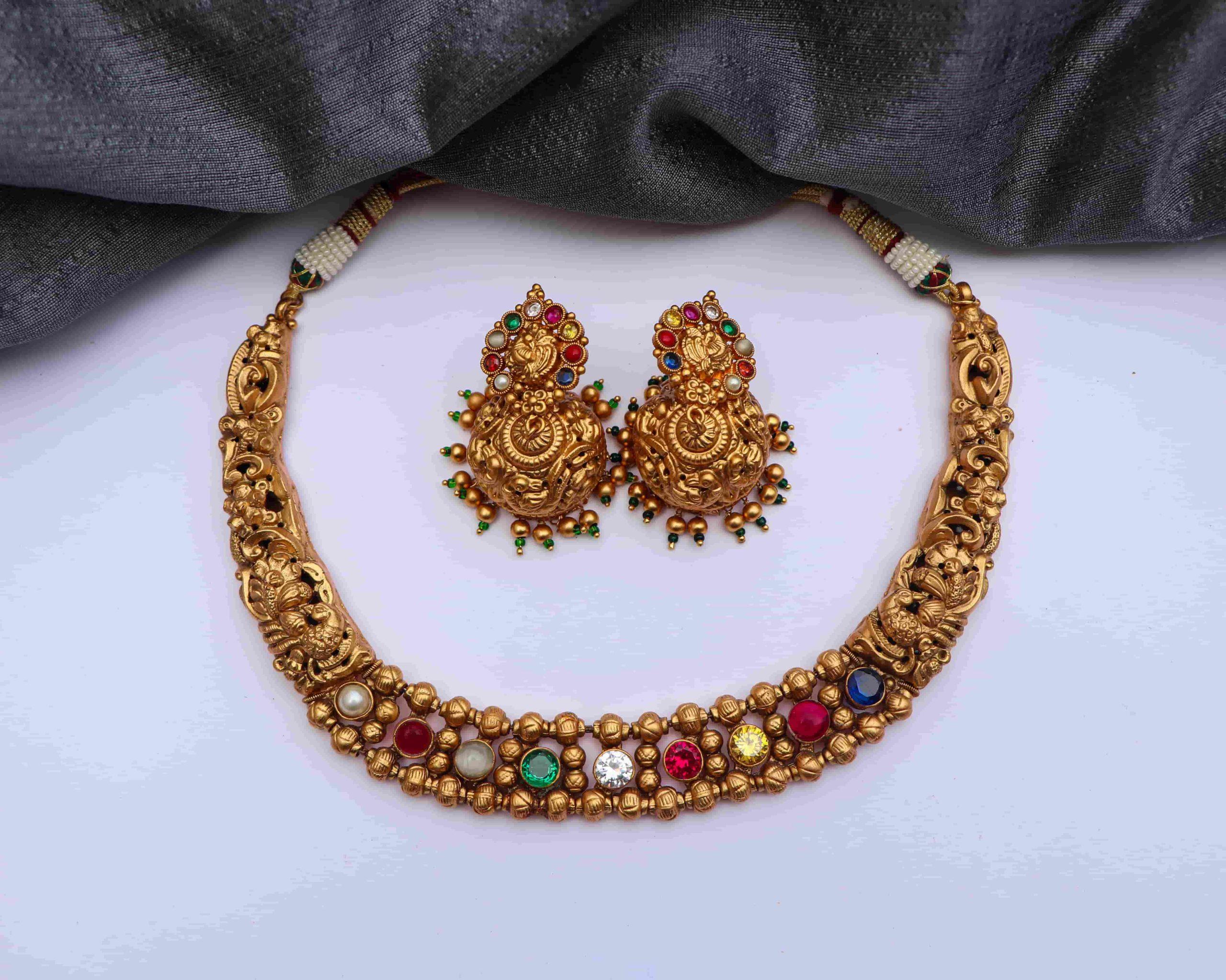 Gorgeous-Matte-Finish-Navarathna-Stone-Necklace-01-1-scaled