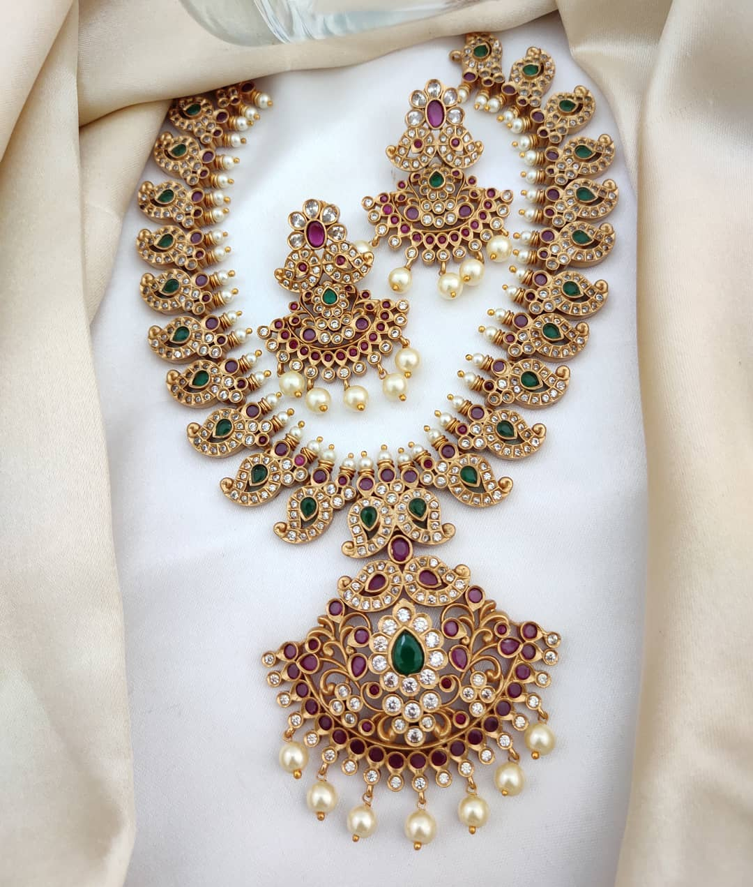 Matte-ad-traditional-pear-south-indian-necklace-set