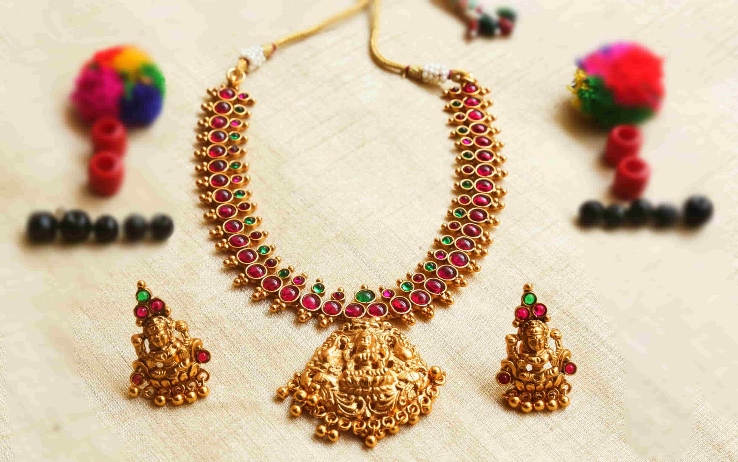 Trendy-Designer-Lakshmi-Matte-Short-Necklace-01-scaled