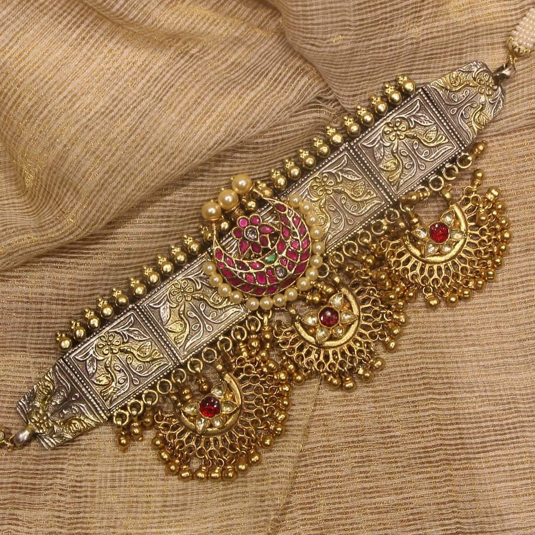 antique-choker-necklace