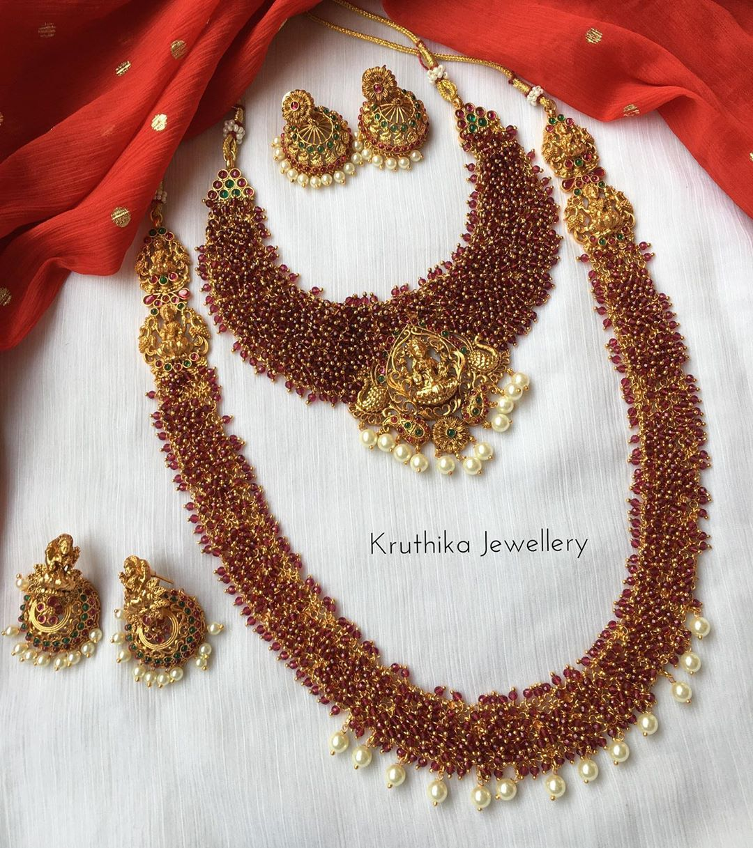 cluster-ruby-beads-temple-bridal-set