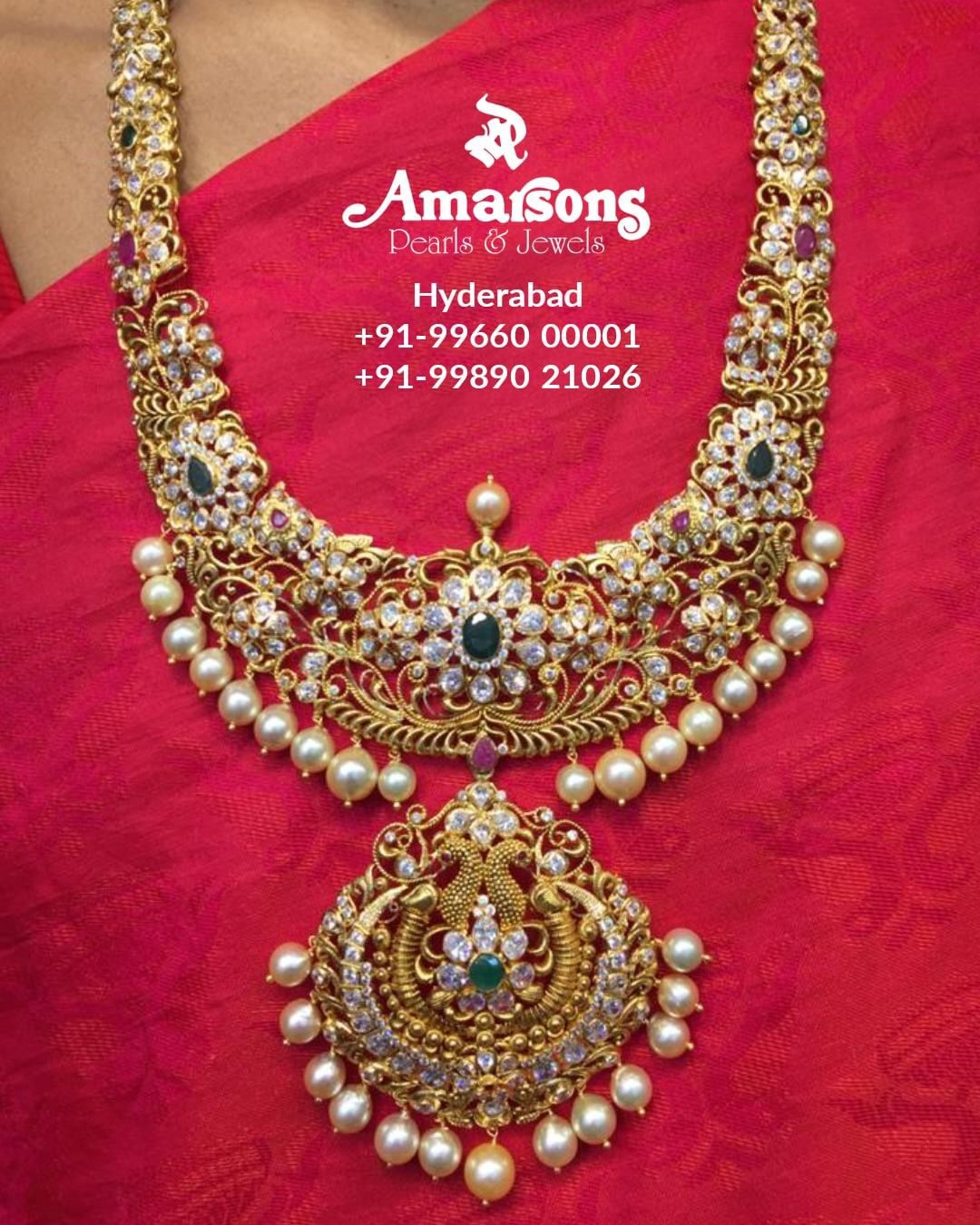 gold-long-necklace-with-diamonds
