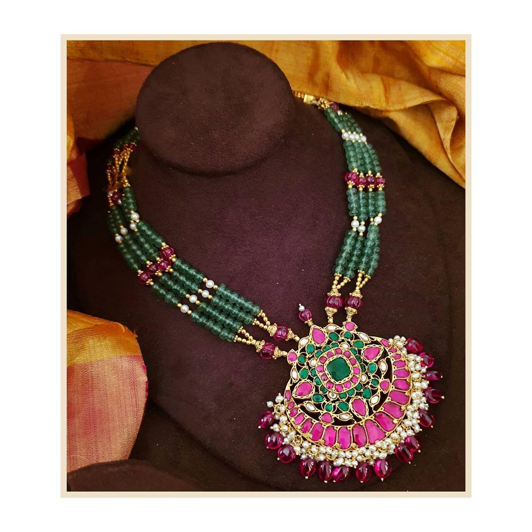 handmade-jade-kundan-necklace