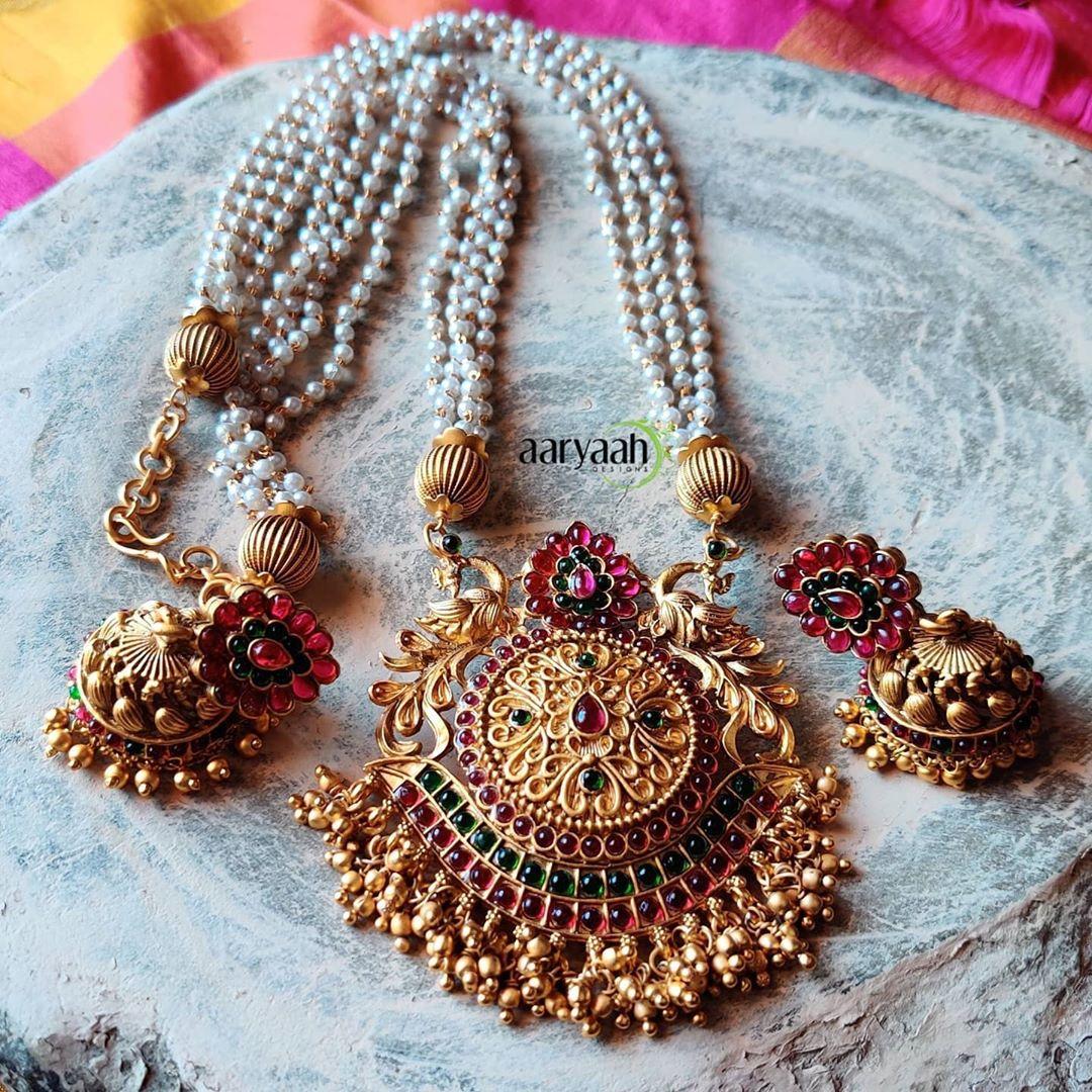 matte-gold-alike-polish-kemp-pendant-pearl-mala