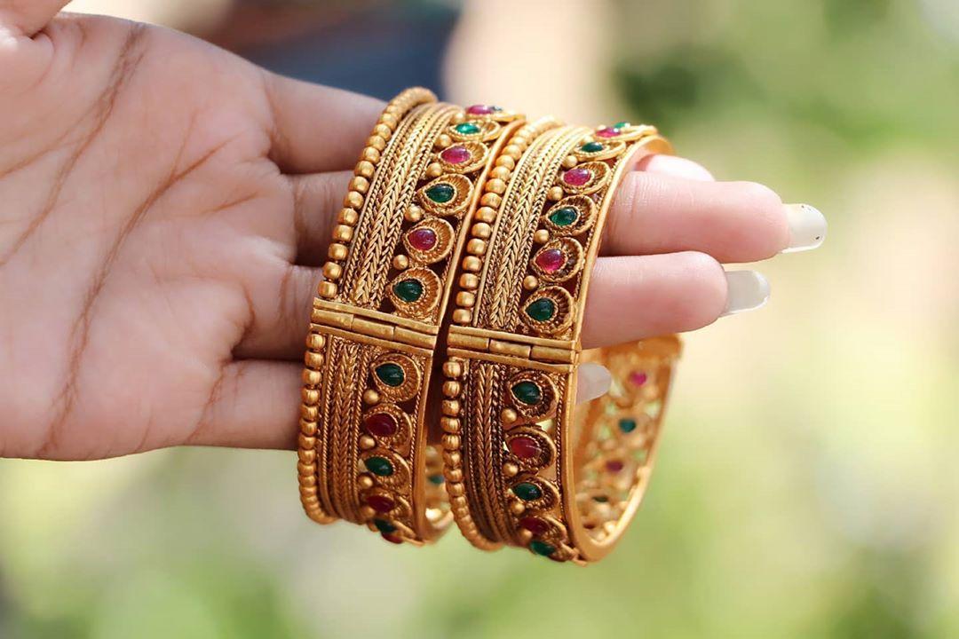 ruby-green-bracelet-bangles