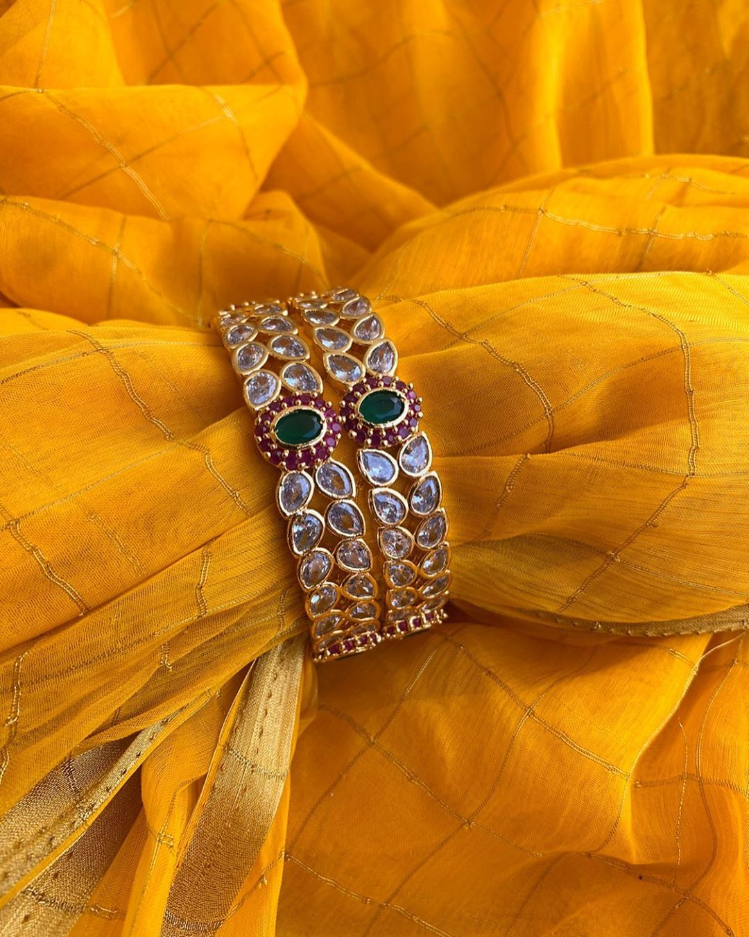 ruby-white-green-ad-stone-bangles