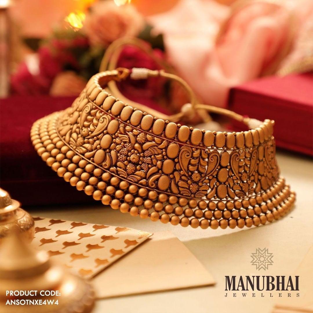 statement-bridal-antique-necklace