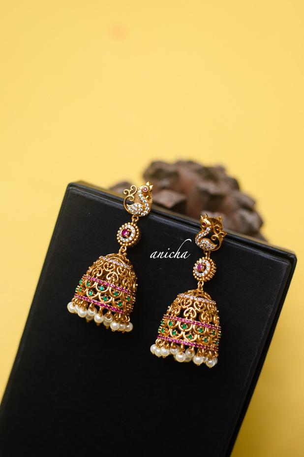 Cutwork-Ruby-Green-Long-Jhumkas-01