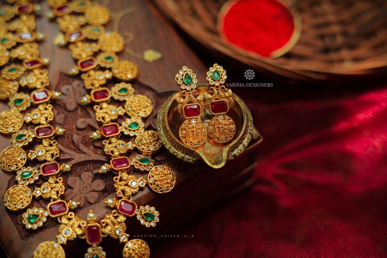 Gorgeous-Bridal-Ram-Parivar-Haram-01