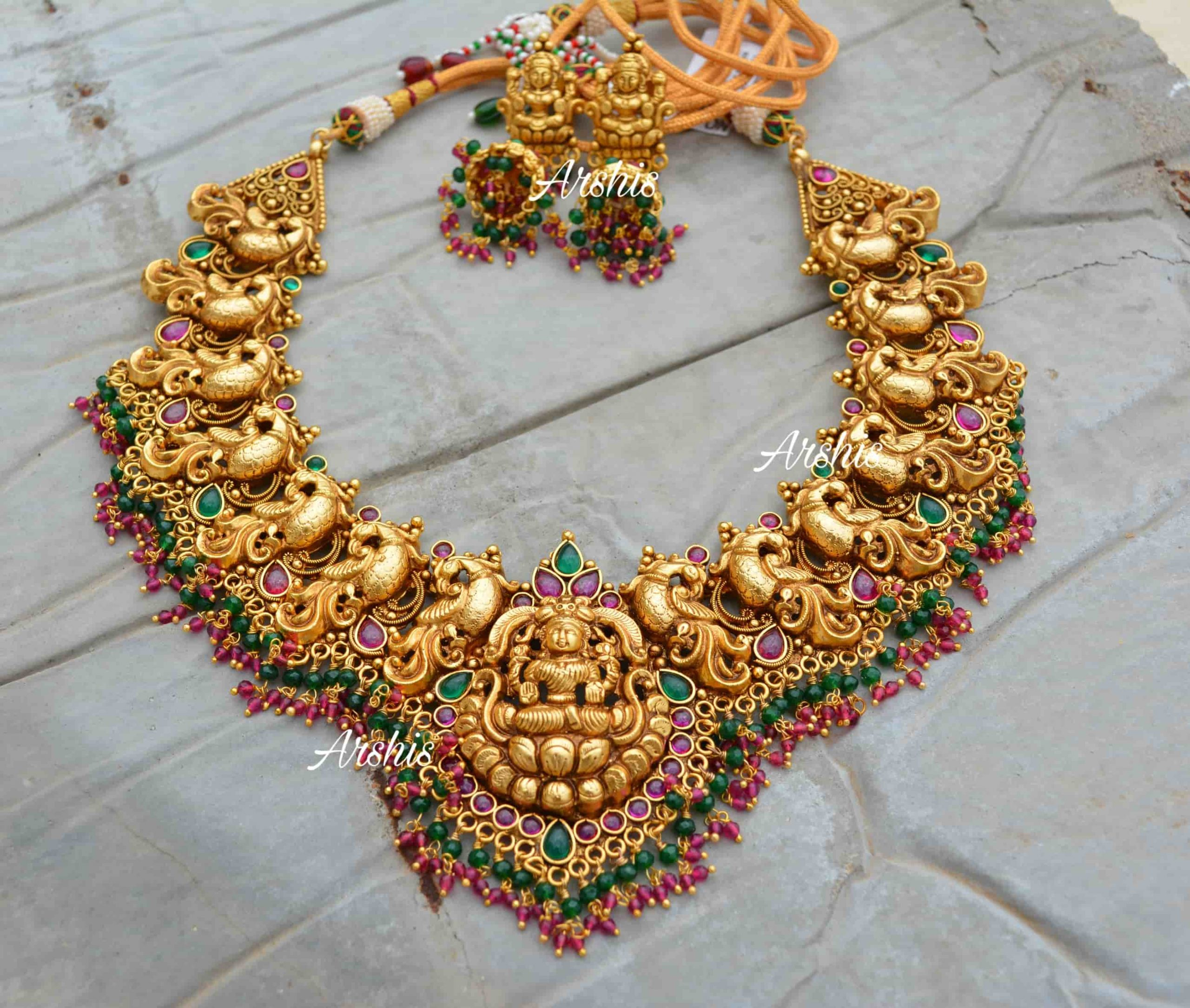 Grand-Bridal-Temple-Lakshmi-Nagas-Necklace-01-scaled