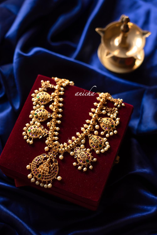 Grand-Lakshmi-Pearls-Necklace-01