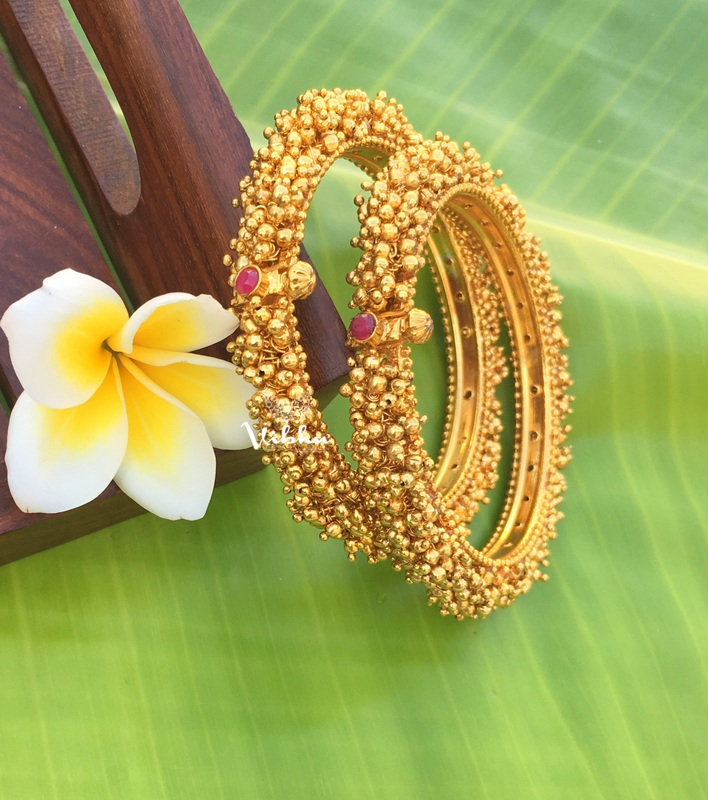 Imitation-Matte-Fully-Gold-Cluster-Bangles-01 (2)