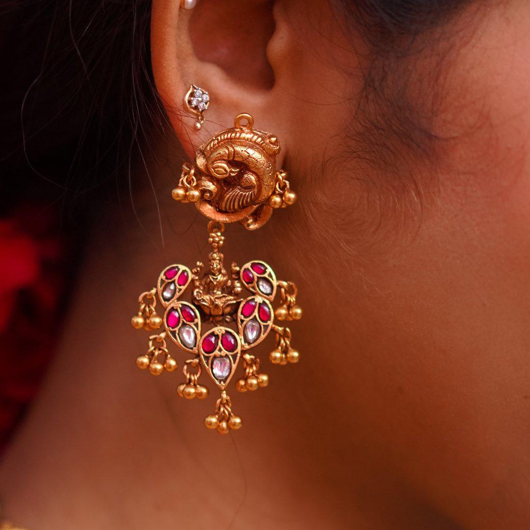 beautiful-silver-temple-earrings