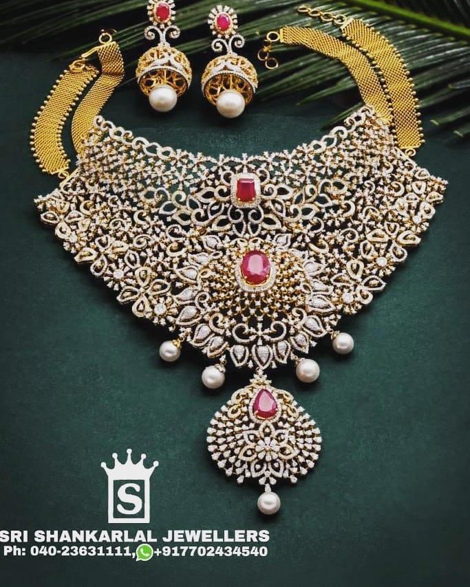 diamond-bridal-necklace-jhumkas