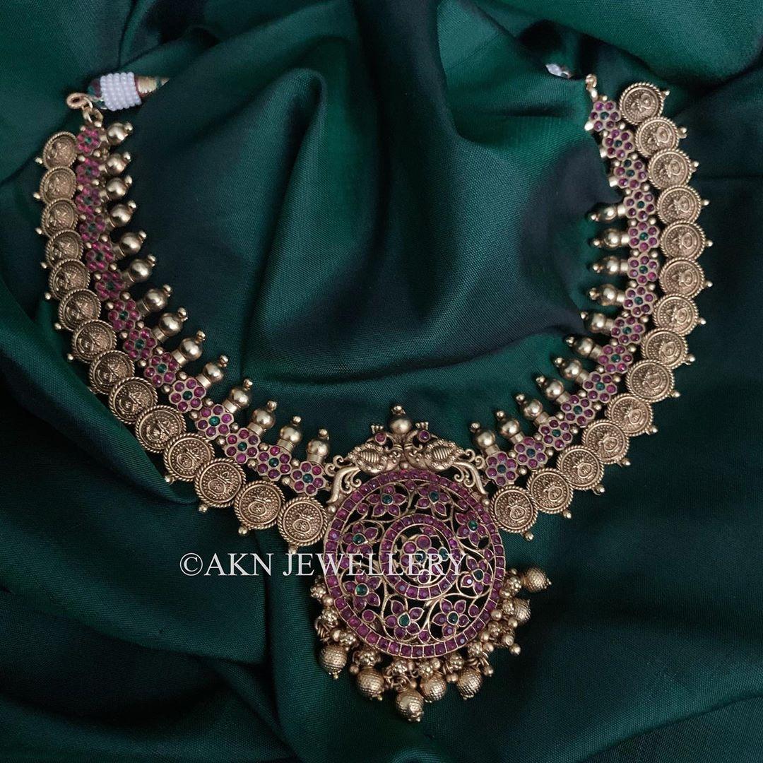 kemp-stones-antique-gold-necklace
