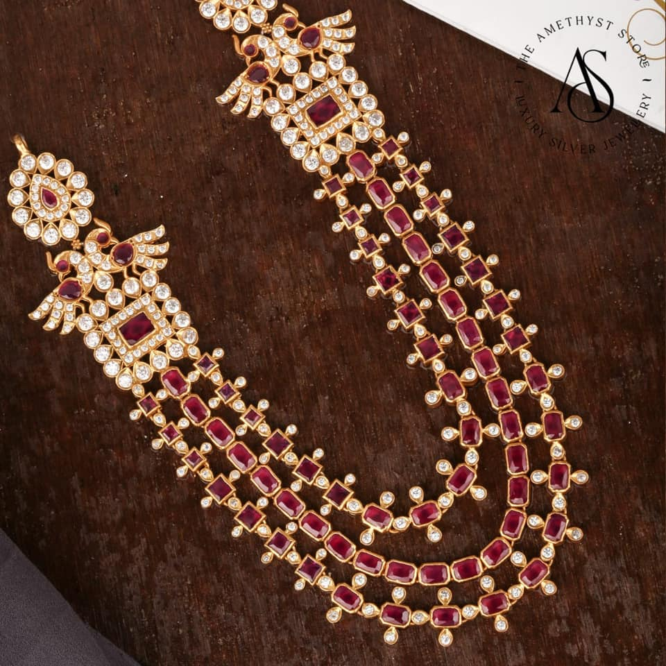 multilayer-statement-necklace