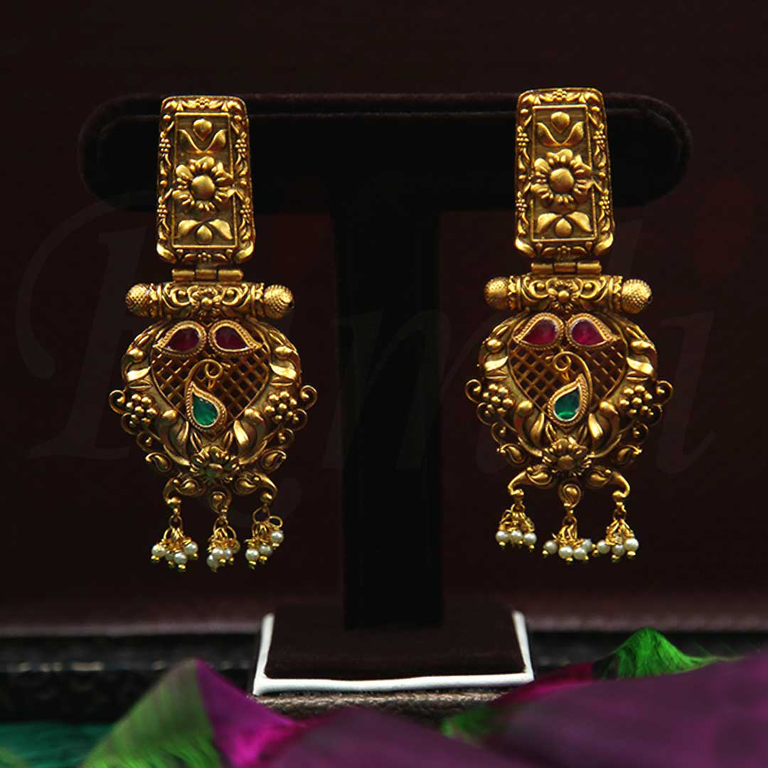 Imitation-Antique-Traditional-Pearl-Earrings-01