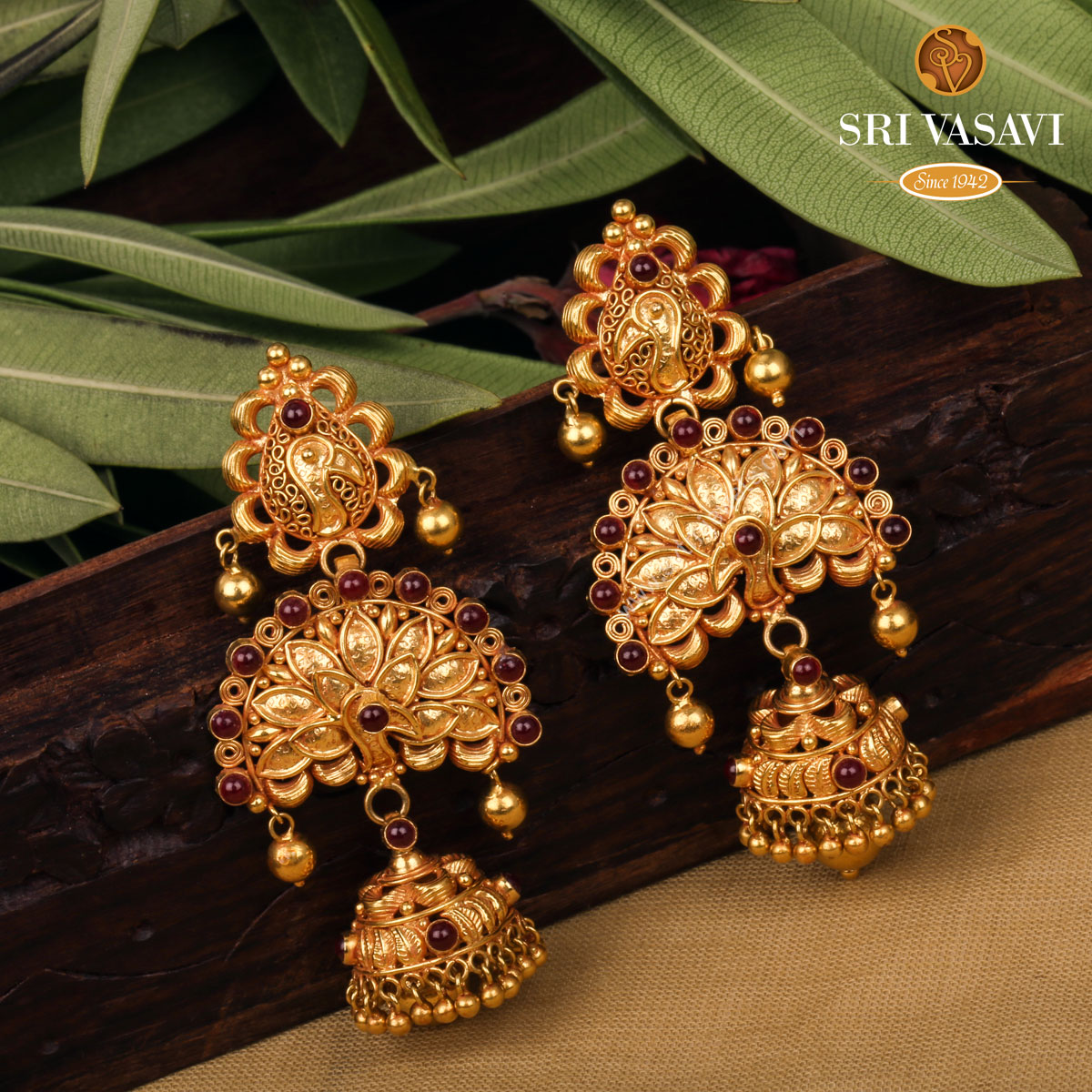 antique-gold-jhumkas