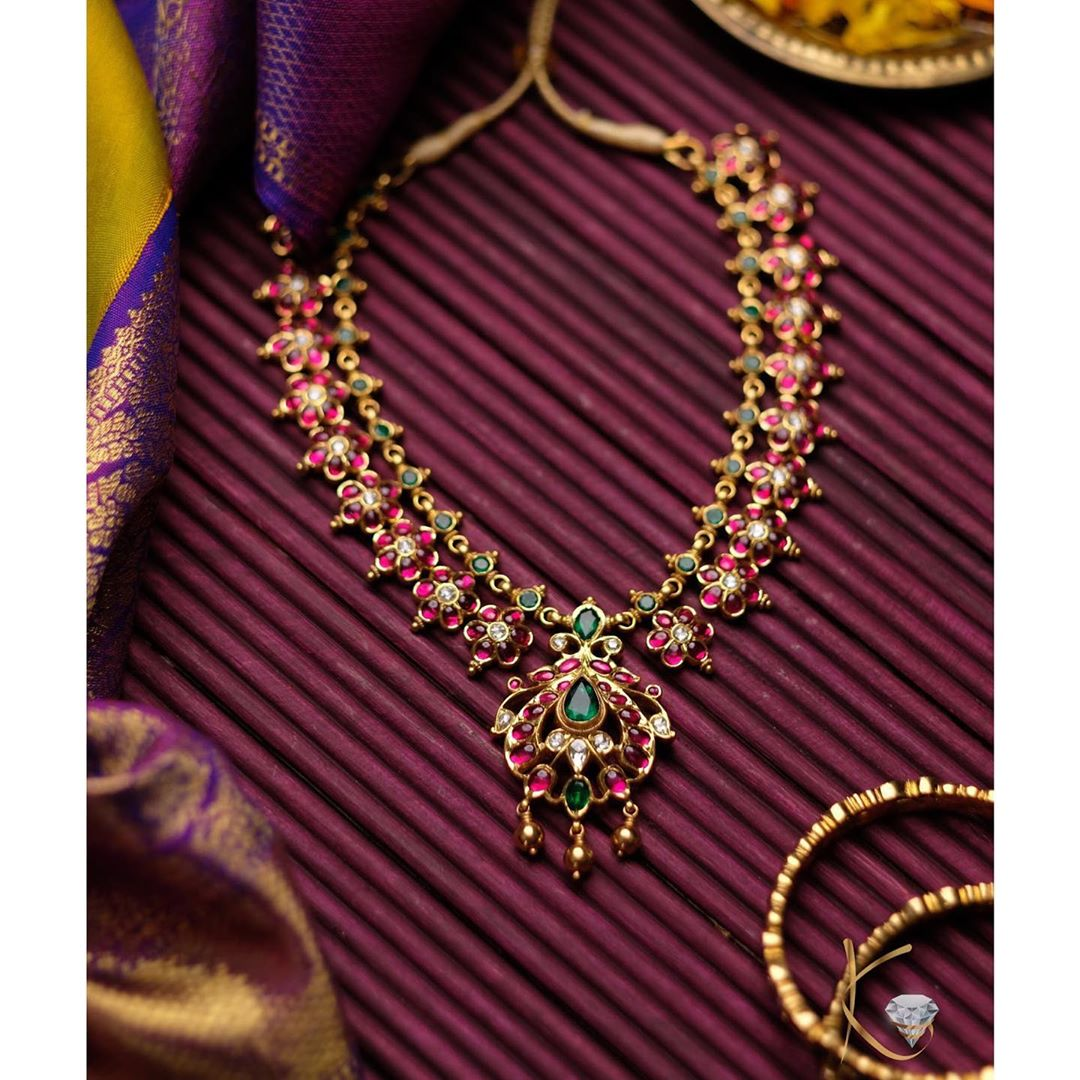 emerald-ruby-handcrafted-necklace
