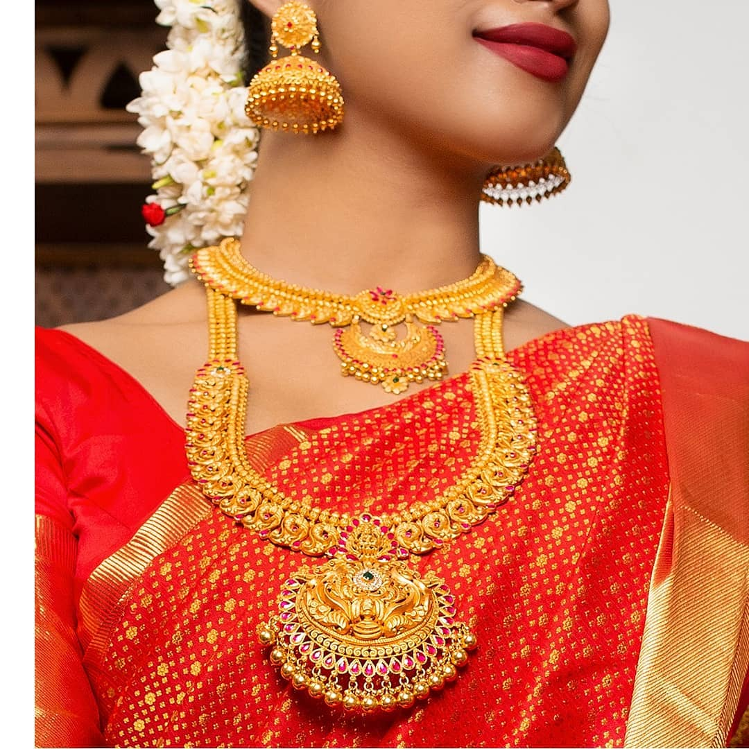 gold-bridal-jewellery-set