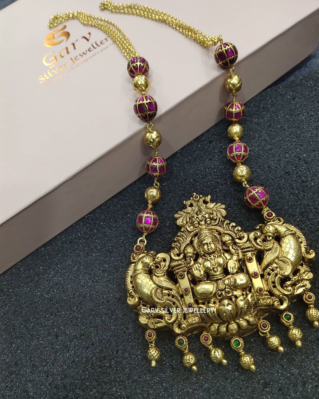 gold-plated-silver-laxmi-pendant-chain