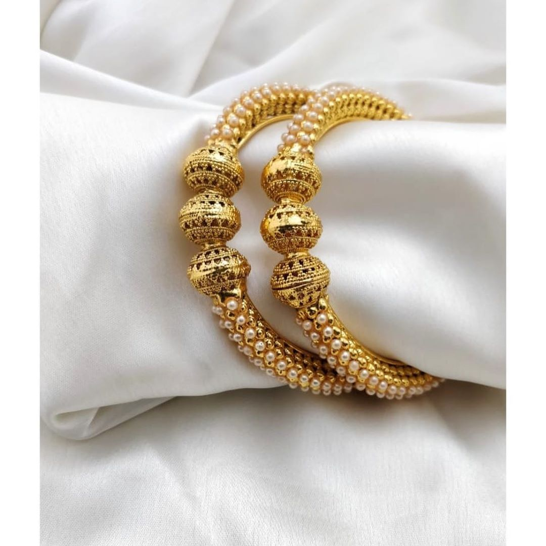 imitation-golden-pearl-bangles