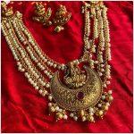 Lakshmi Pendant Pearl Necklace Set