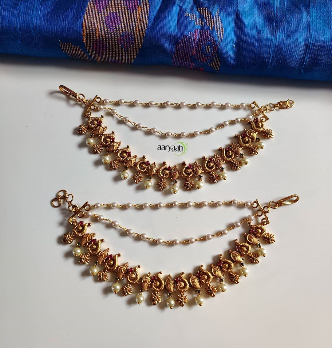 matte-gold-alike-layered earchains