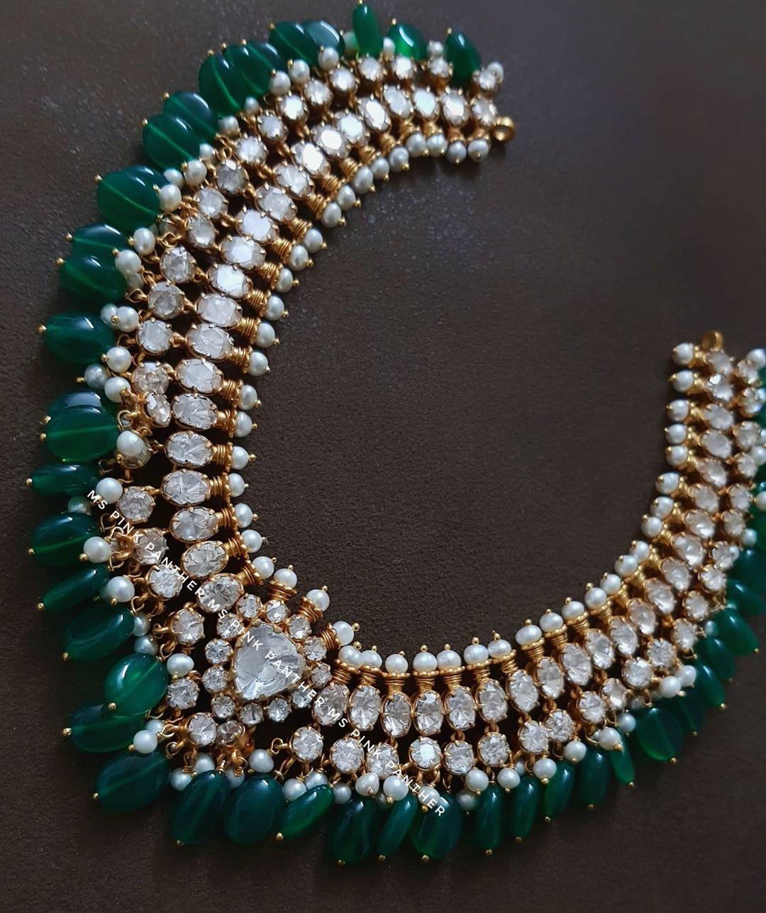 silver-jadau-necklace