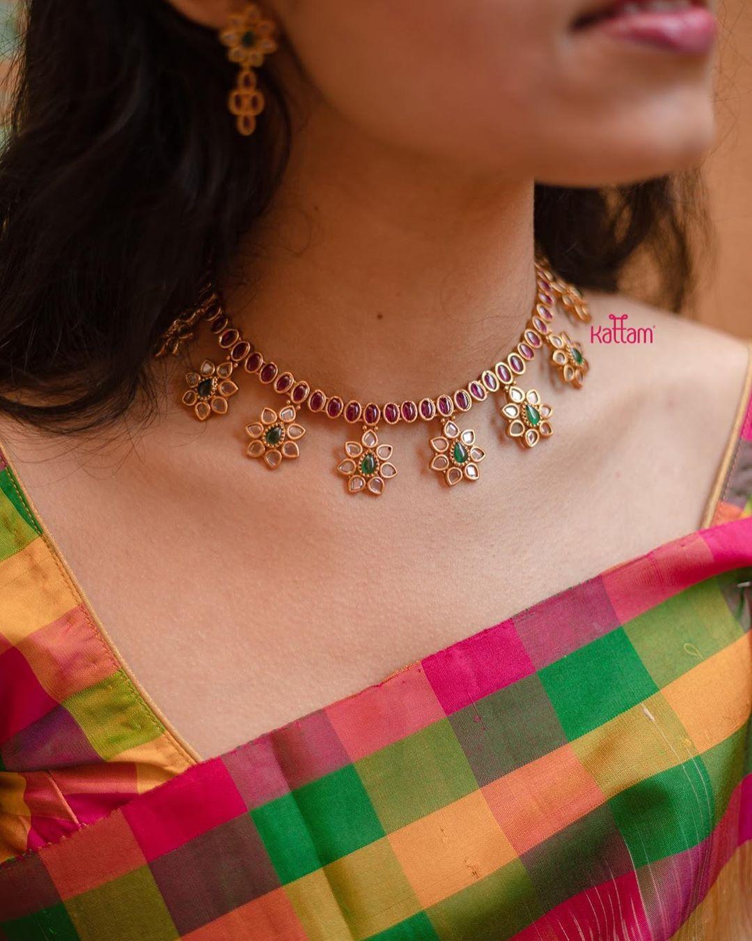 simple-temple-necklace-set