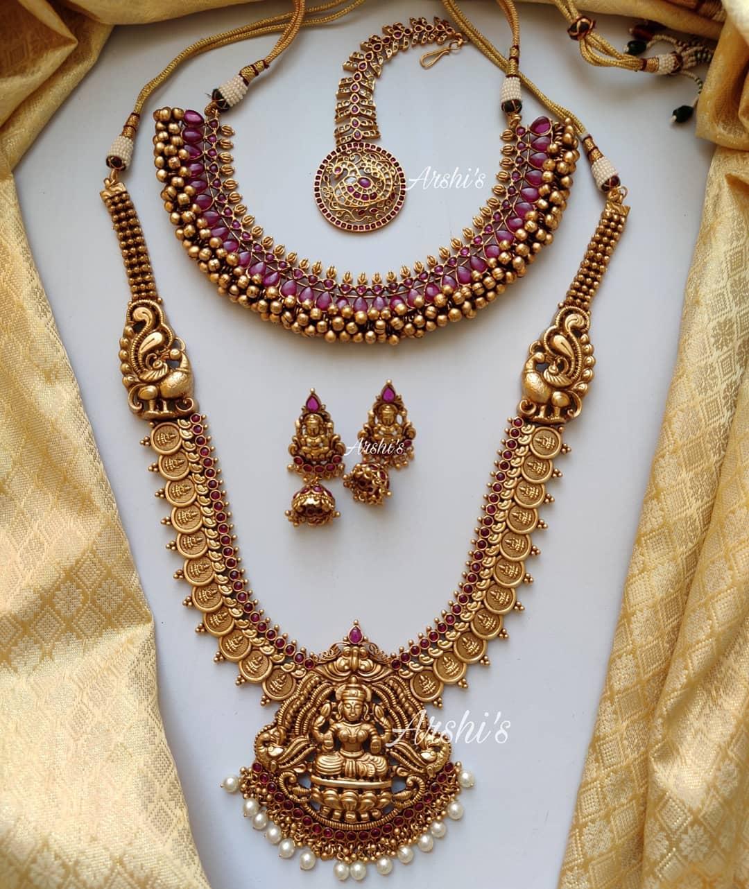traditional-temple-lakshmi-nagas-bridal-set