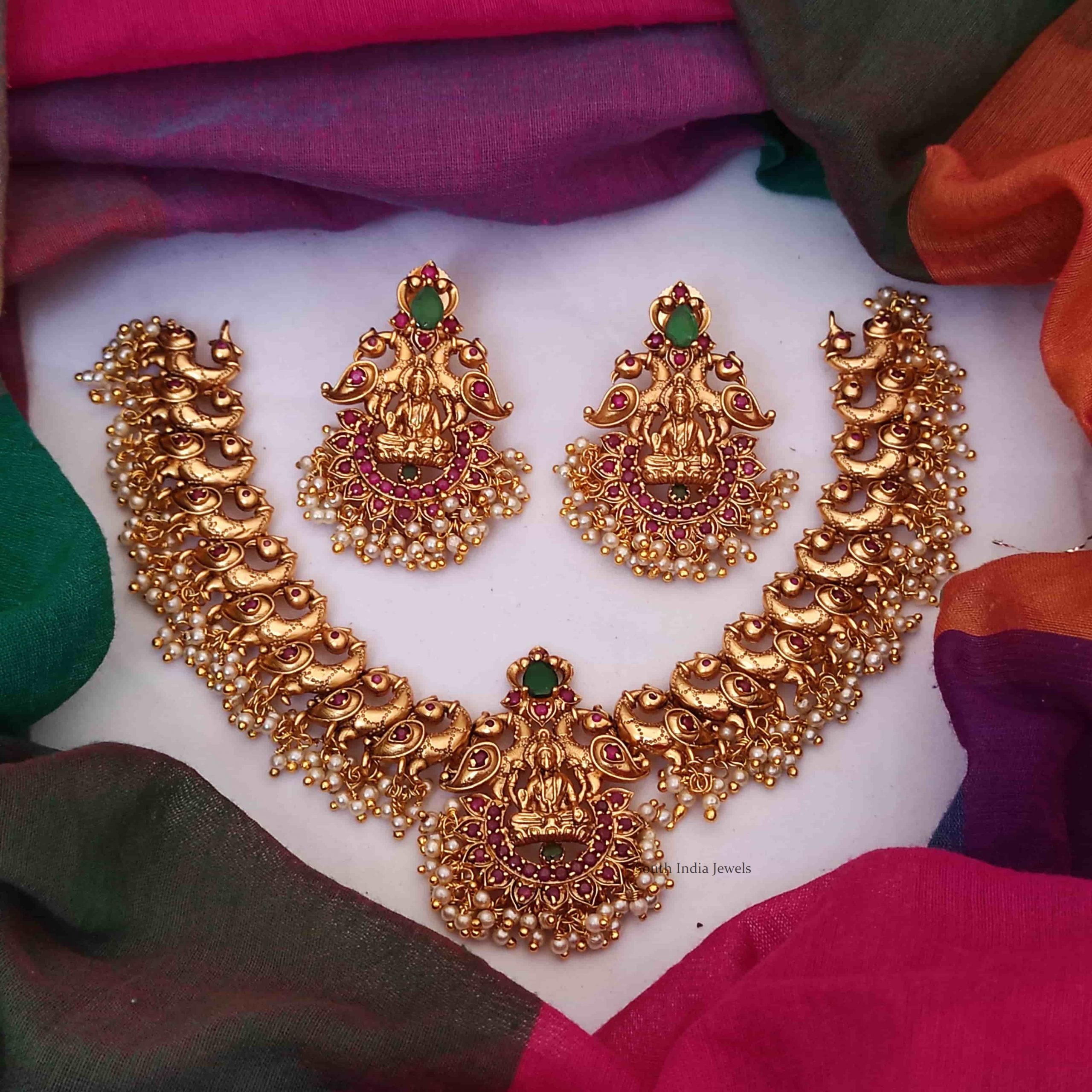 Grand-Lakshmi-and-Peacock-Design-Necklace-01-scaled