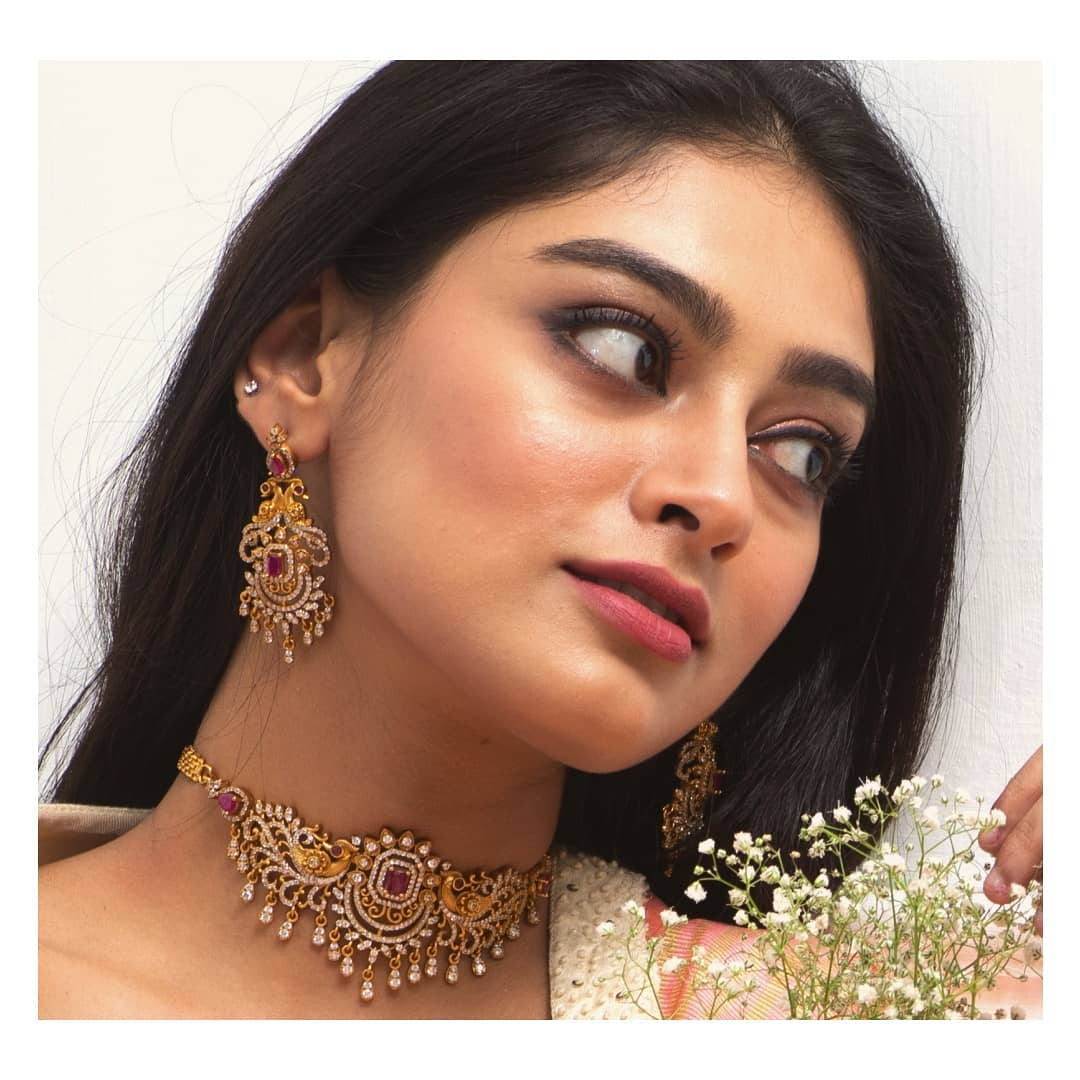 gemstones-designer-choker-necklace-set