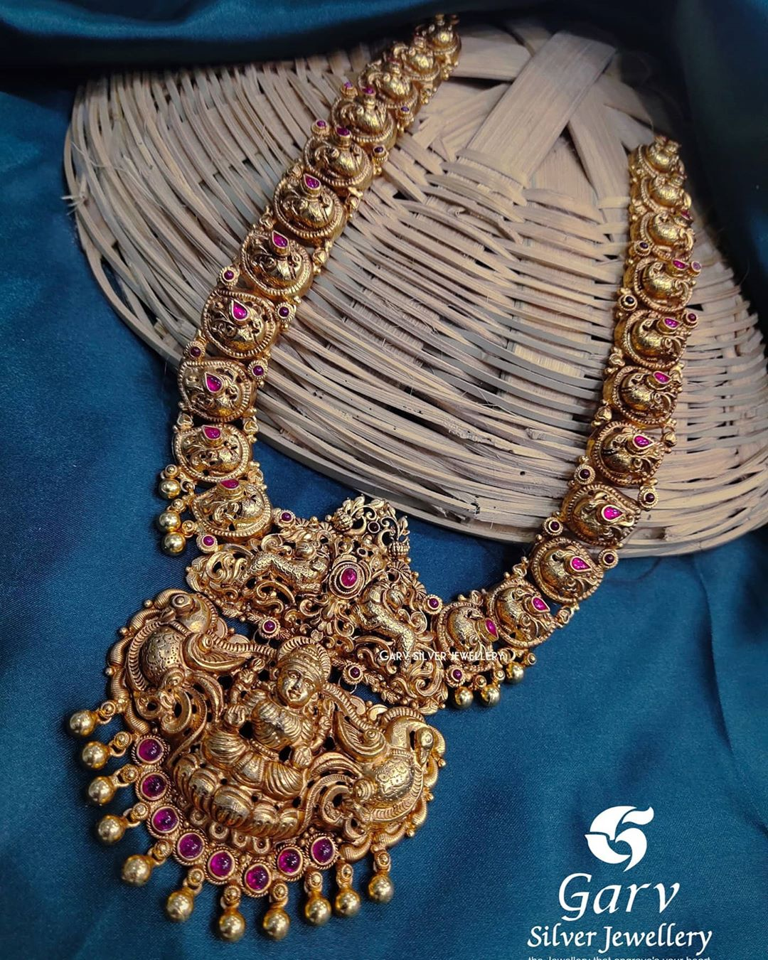 handmade-nakas-silver-gold-plated-necklace