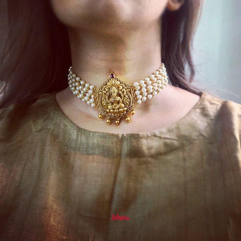 matte-pearls-lakshmi-choker