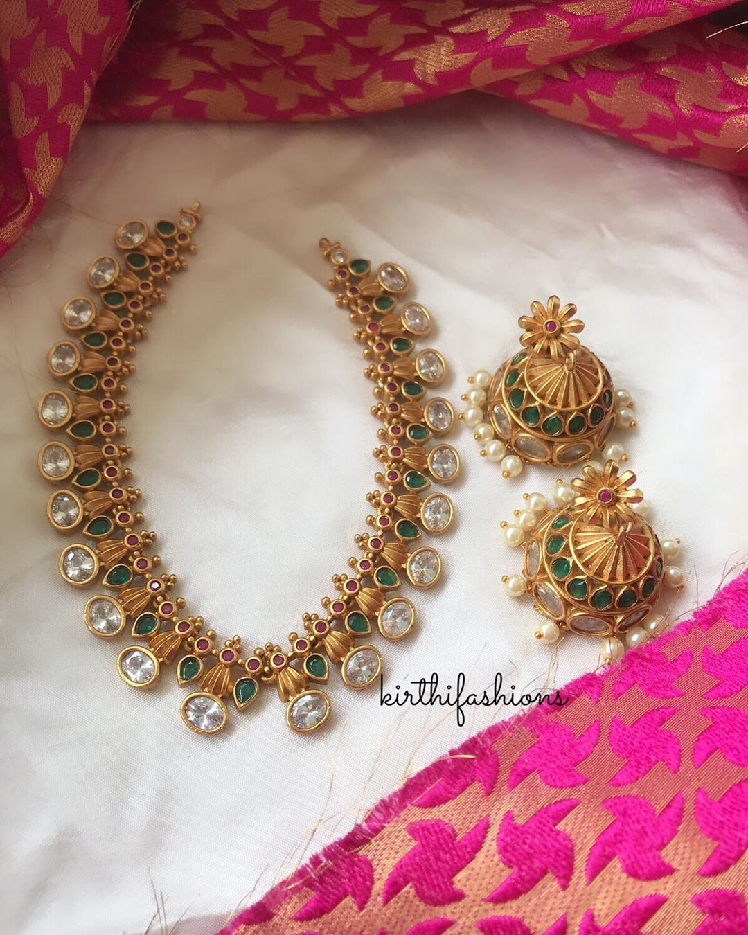 multistone-necklace-with-heavy-jhumka