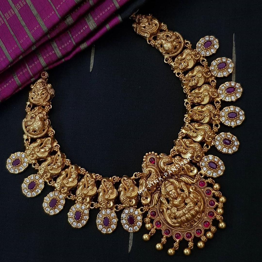 antique-temple-necklace