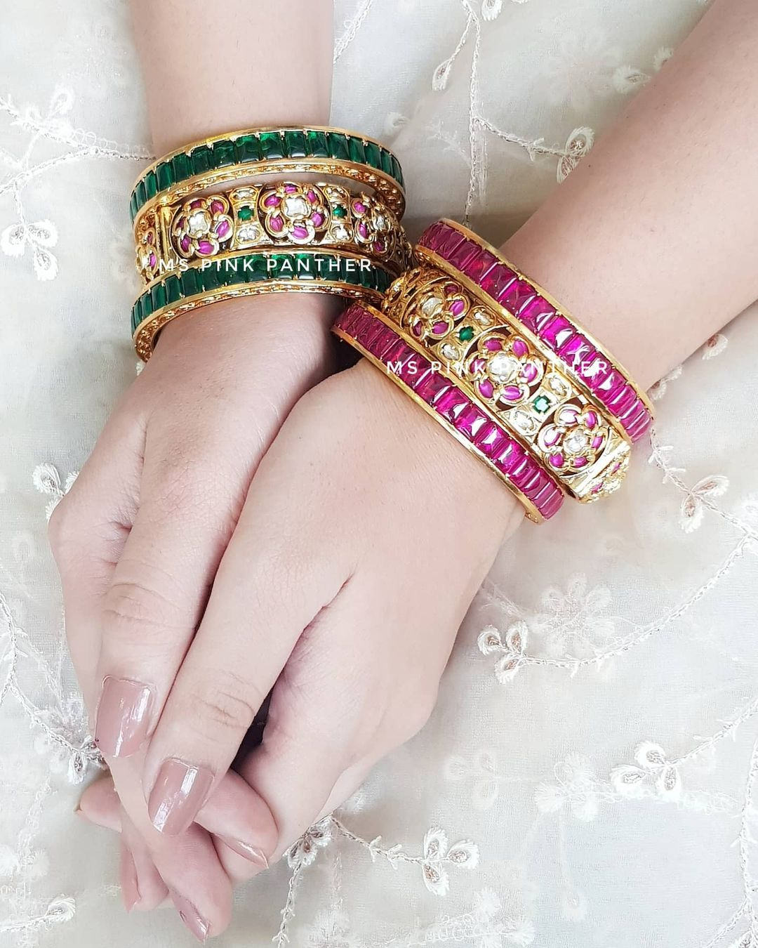 beautiful-kundan-bangles