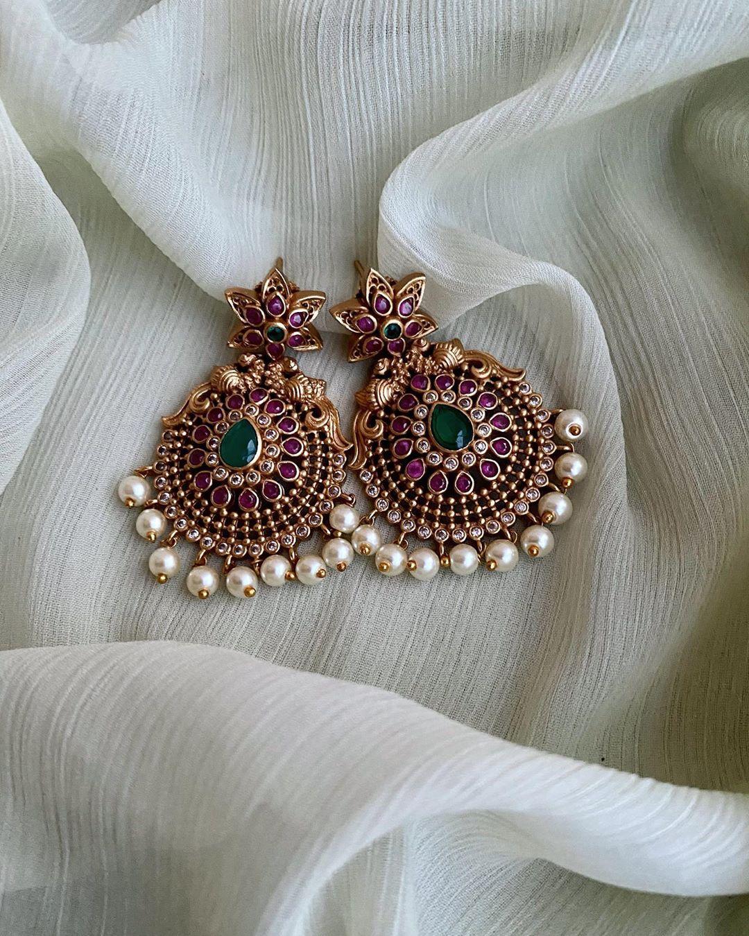 floral-design-kemp-pearl-earrings