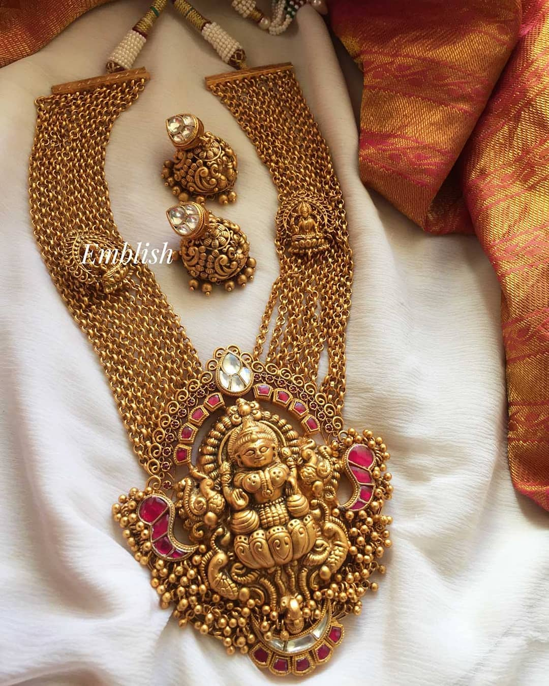 grand-lakshmi-necklace-with-matching-jhumkas