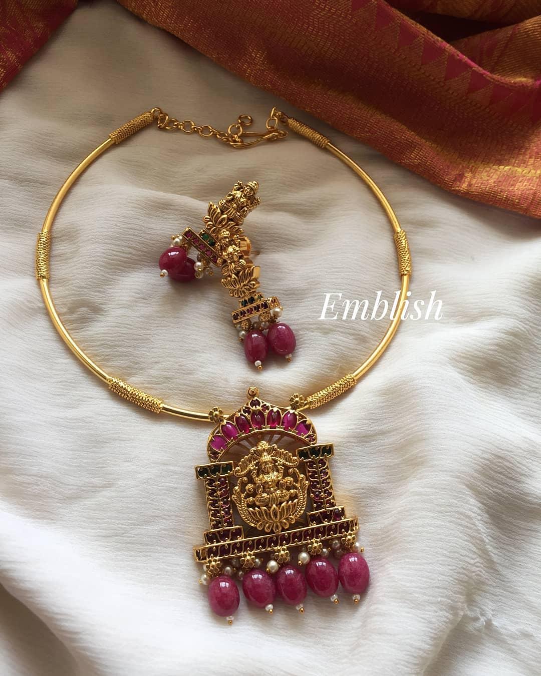 lakshmi-pipe-necklace-set
