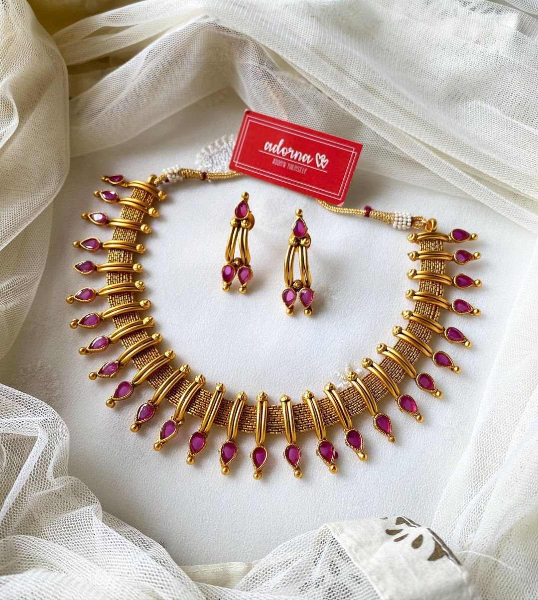 mullai-set-with-ruby-tear-drop-stones