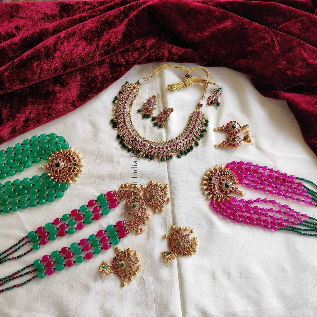 colorful-beads-necklace-collection