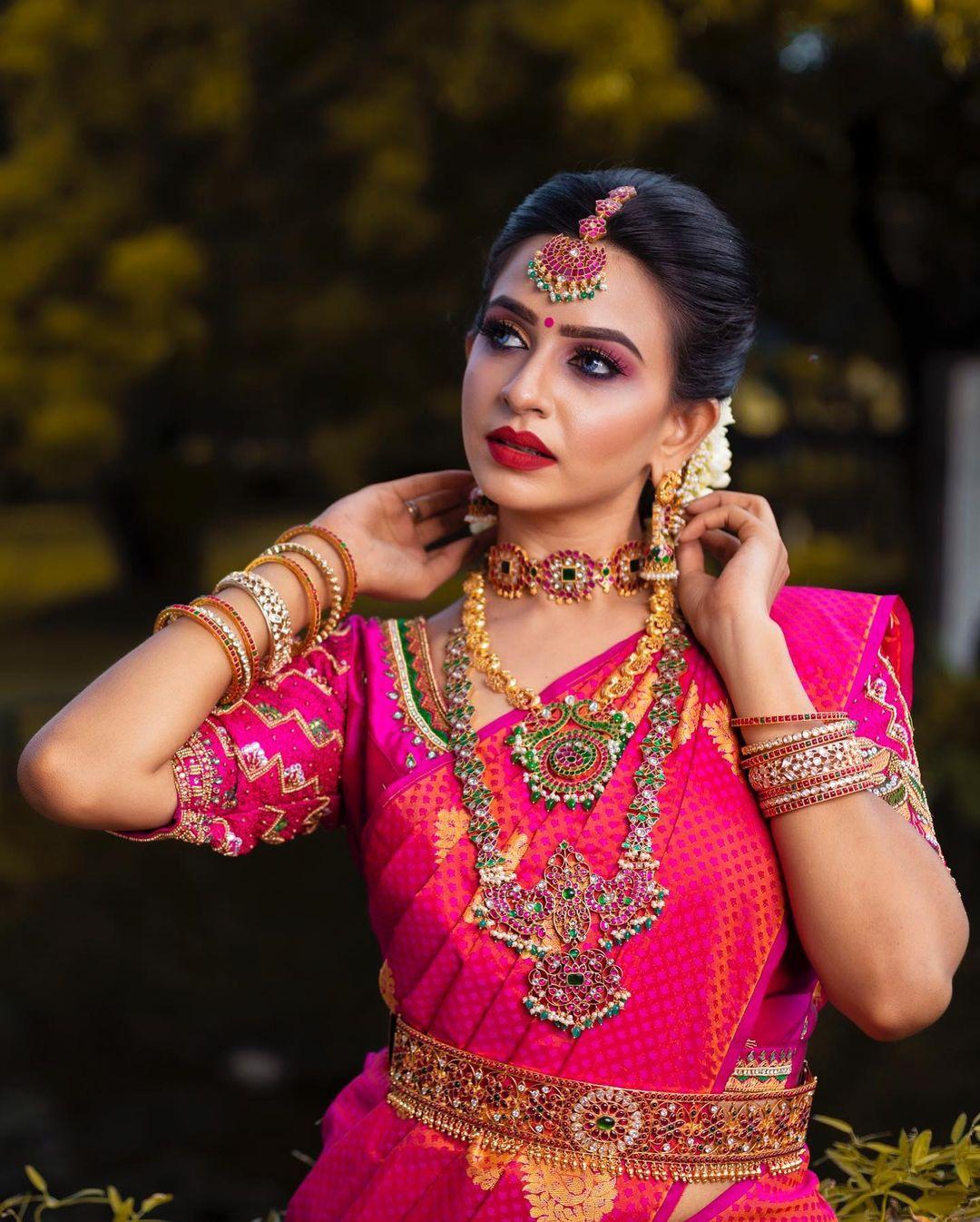 indian-bridal-jewellery-set-on-rent