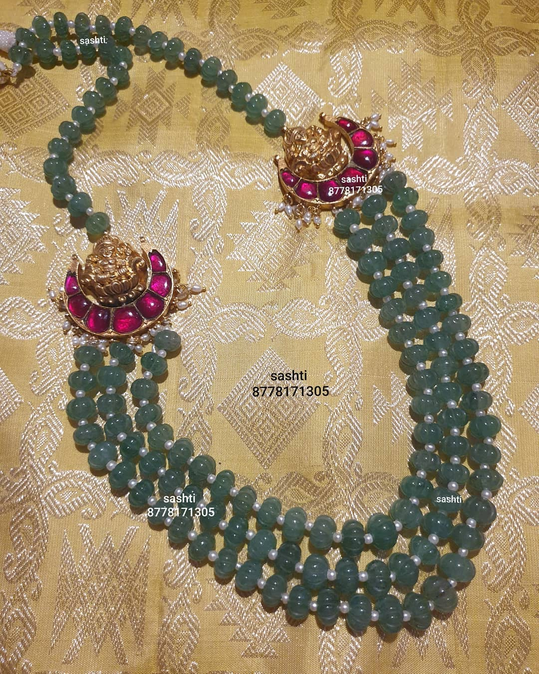 layered-beads-temple-necklace