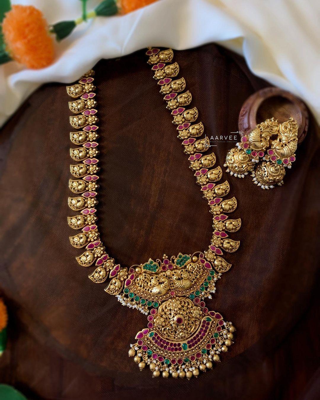 peacock-motif-antique-polish-necklace-set