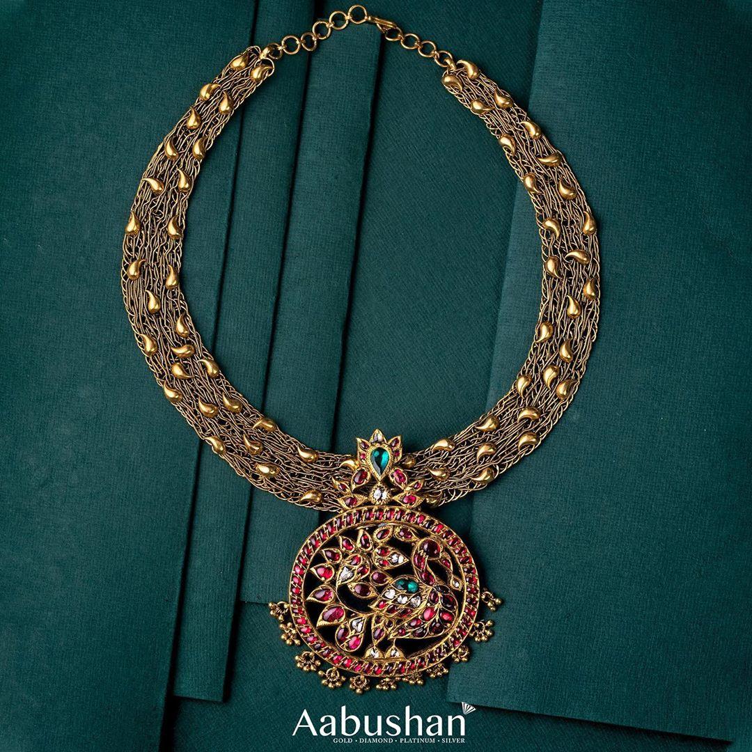 stone-studded-heritage-necklace