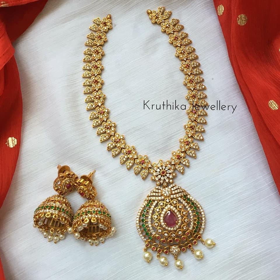 ad-flower-design-necklace-set