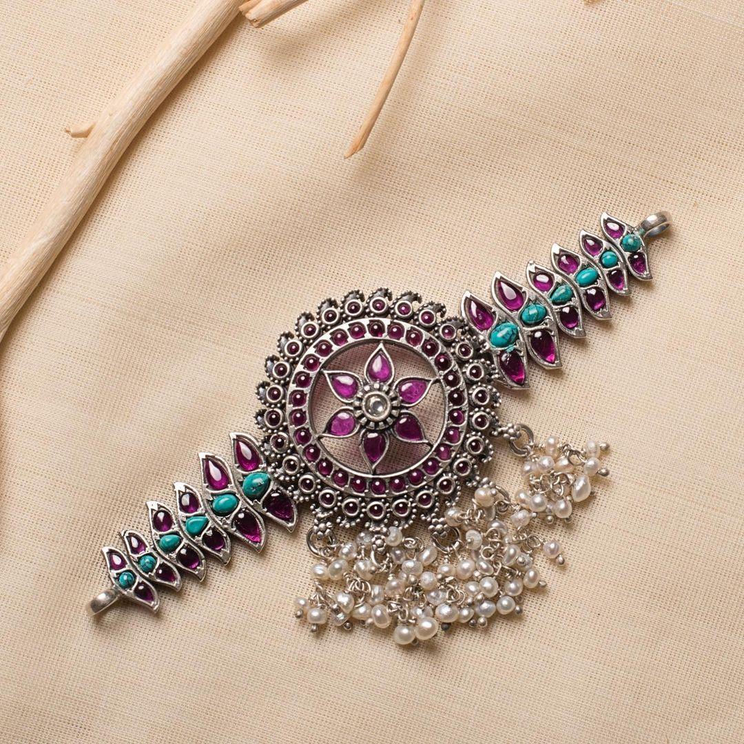 kemp-silver-choker-necklace