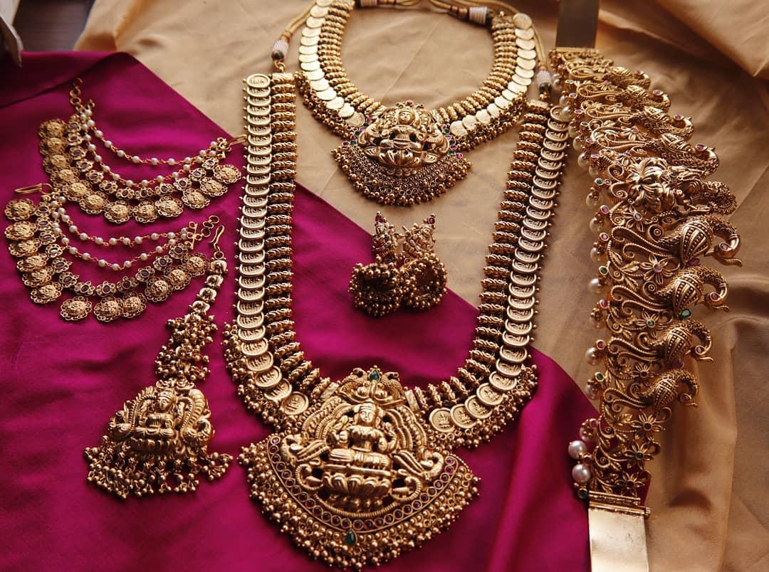lakshmi-bridal-jewellery-set